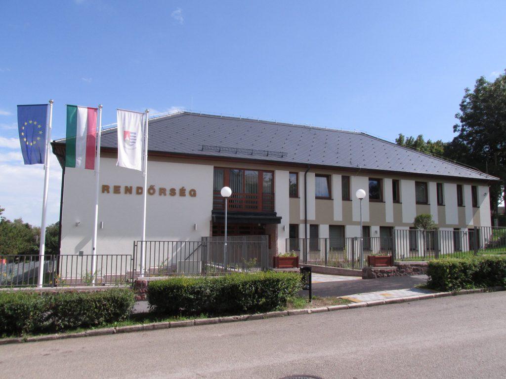 Balatonalmádi Rendőrkapitányság kivitelezése